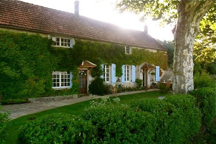 B&B in the Burgundy countryside - Andryes - Bed & Breakfast