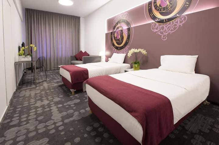 Premium   Hotel Apt   Hamra   1BR  