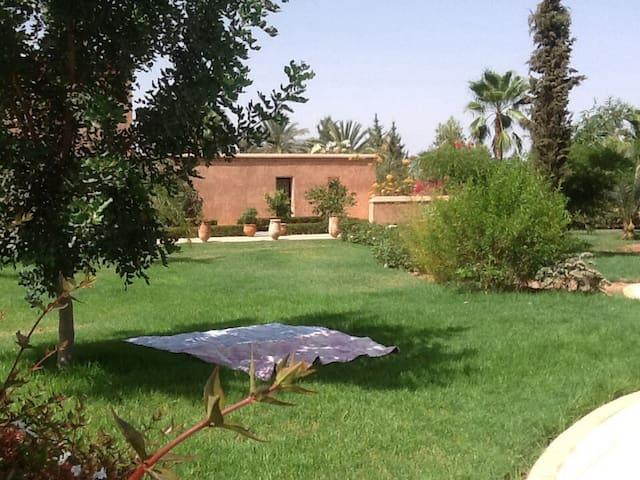 Bungalow: calme,volupté et zenitude - Marrakech