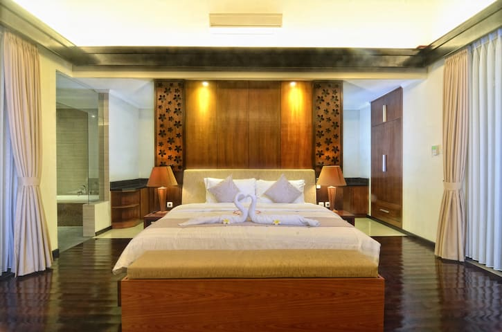 1 Bedroom Villa free Airport Pickup - Sukawati - Vila