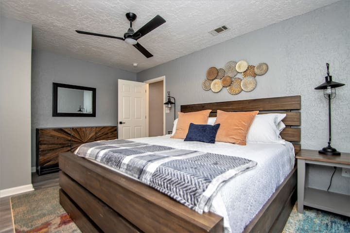 2nd bedroom on ground level with king size bed and private bath.