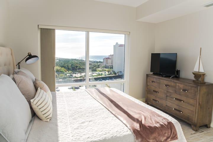 LUAU Sandestin 1 Bedroom - 10th Floor Ocean Views