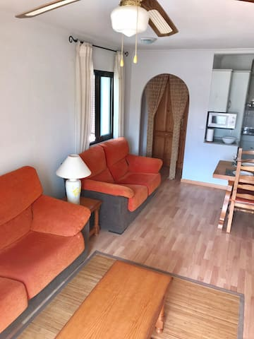 Lounge with 2 sofas & TV & free WiFi