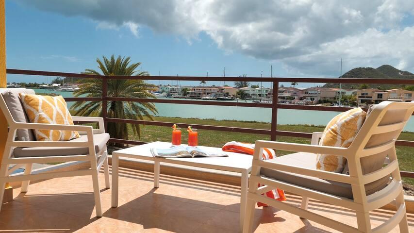 Stunning 2-Bd Bayview Lower Villa Jolly Harbour 3A