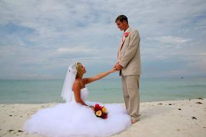 Beach Weddings at Village Hide - Galle