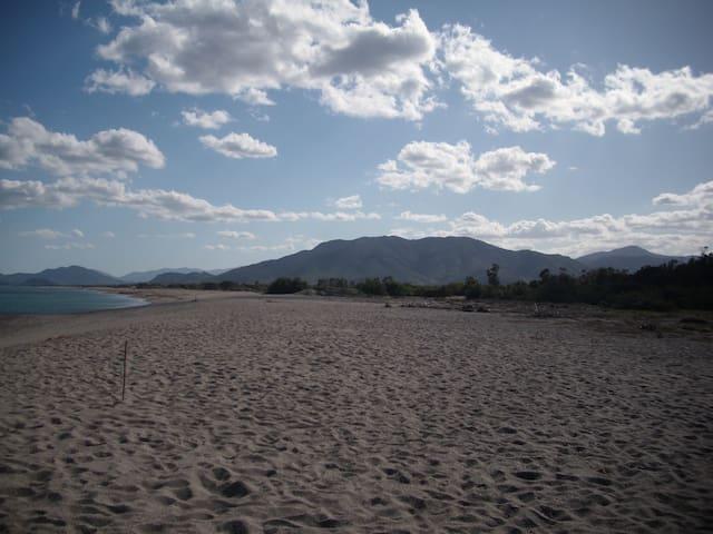 Spiaggia Prumari  vista sud - Villaputzu