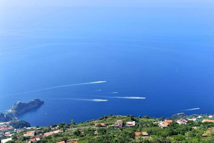 Experience the lovely Amalfi Coast