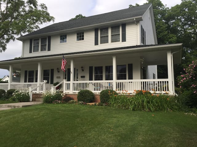 Large, beautiful home 3 blocks from campus