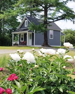 Luxury Tiny House near Honesdale