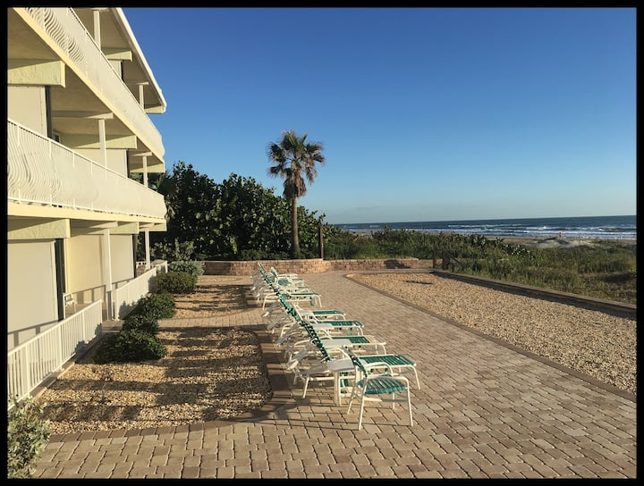Cocoa Beach Paradise - Direct Ocean