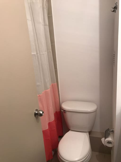 Baño suite dormitorio principal