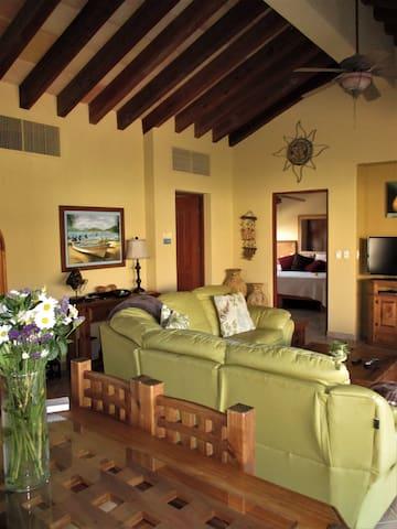 Las Quintas beauty close to beach! - San José del Cabo - Villa