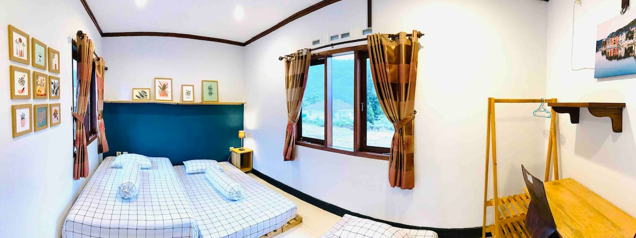 SINGLE BEDS ROOM (2nd FLOOR) can accommodate up to 3 people :)