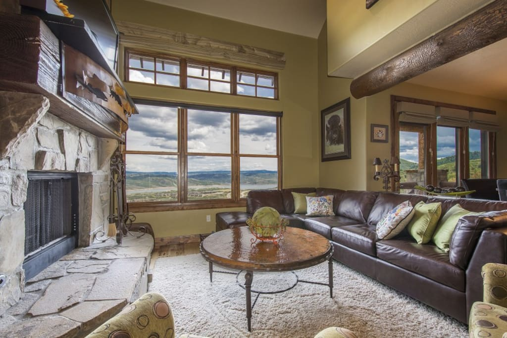 Cozy great room with massive mountain and lake views!