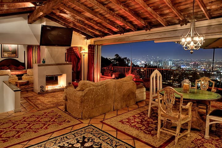 Hollywood Hills Contemporary Moroccan-Amazing View
