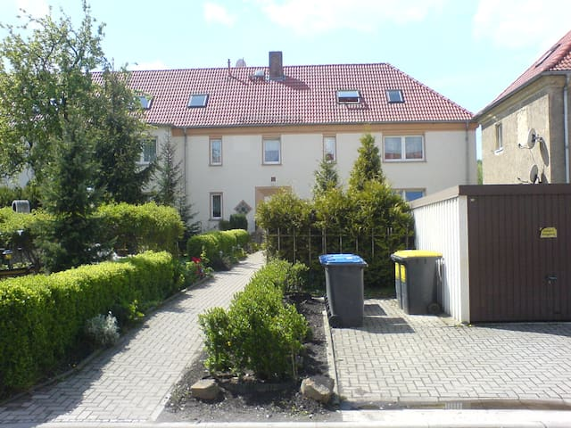 Borna: Ferienwohnung/möbl.  Wohnung - Borna, Leipzig - Apartament
