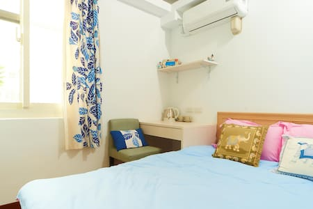 Cozy suite_2 mins to MRT/七張站2分鐘, 舒適溫馨,生活機能優