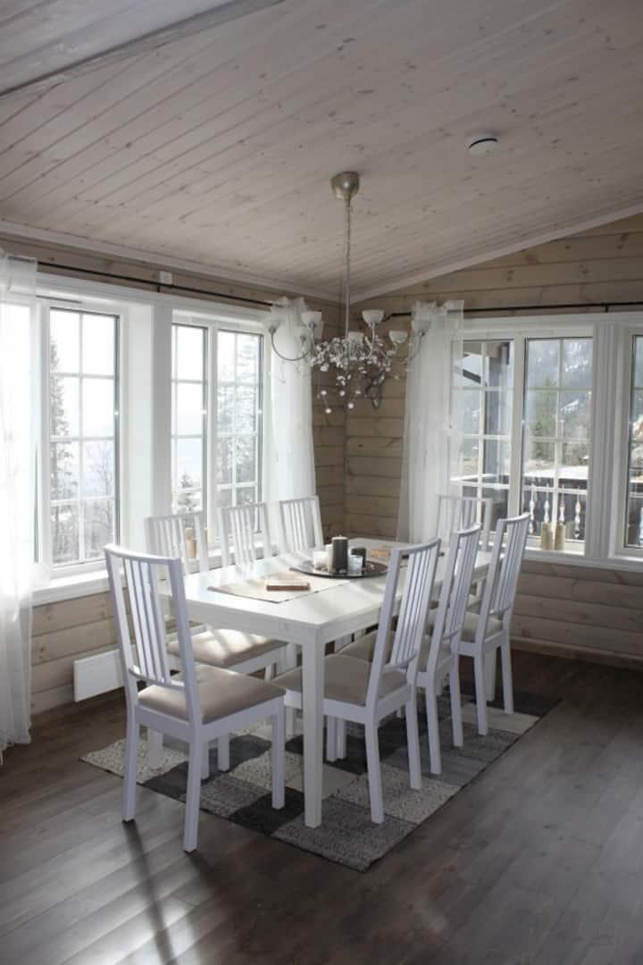 New, modern Cottage at Voss Resort