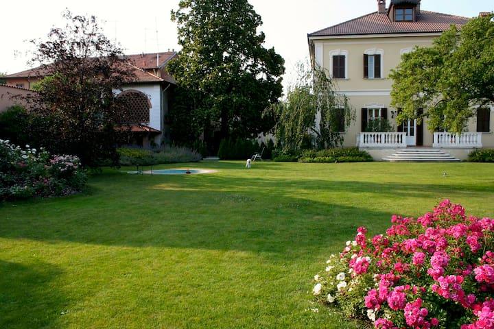 Splendida Villa Umberto - Abbiategrasso - Apartment