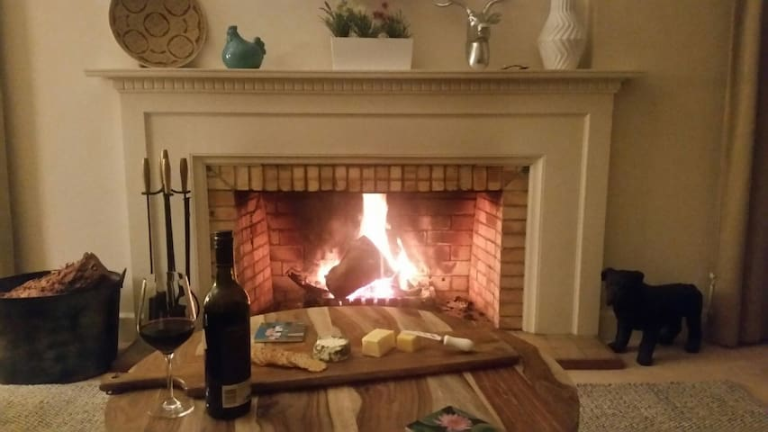 open fire available May to Oct