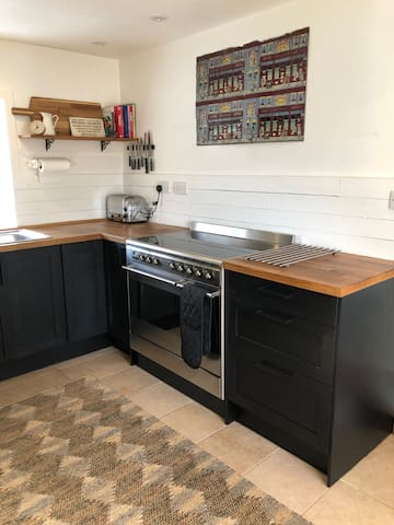 Refurbished kitchen, with new Smeg oven.