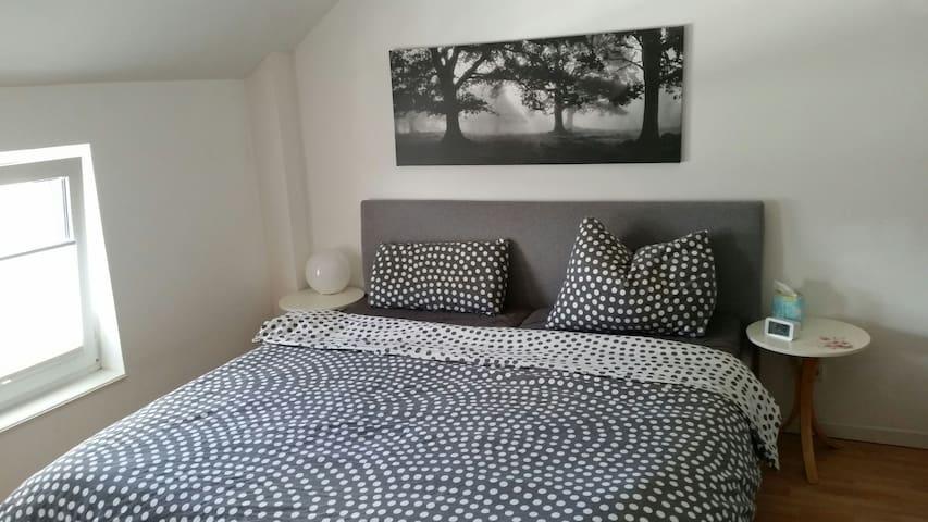 Familienfreundliche Whg Nähe Aachen - Würselen - Apartamento