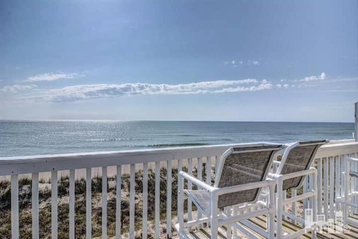 Oceanfront Condo, Just Renovated and Great Views
