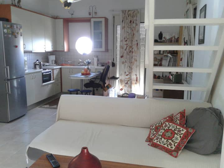 Modern Two BedRoom Apartment with Loft