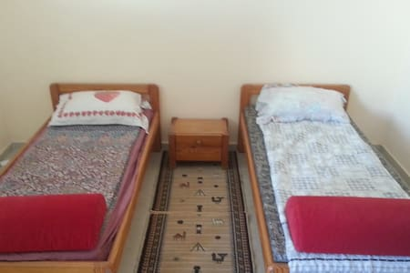 Private room with 2 beds @ Netanya