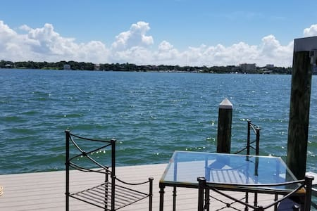 Beach House on Intercoastal- Clearwater Harbor