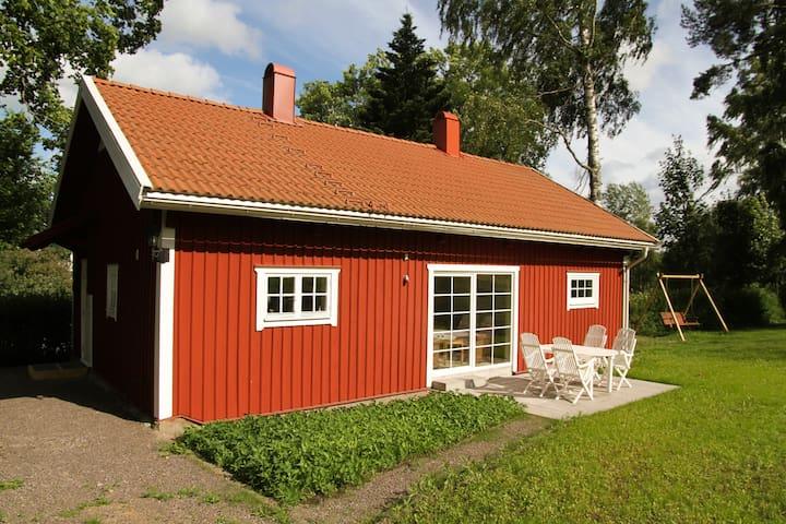 Parkvillan - Lekeberg Ö - Srub