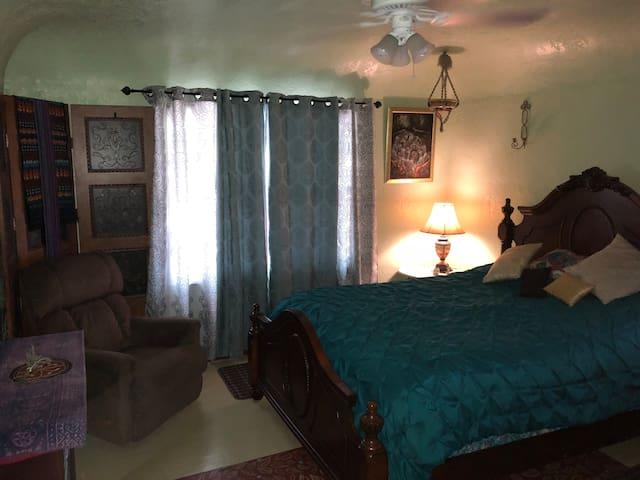 Cedric's Oasis Room 1