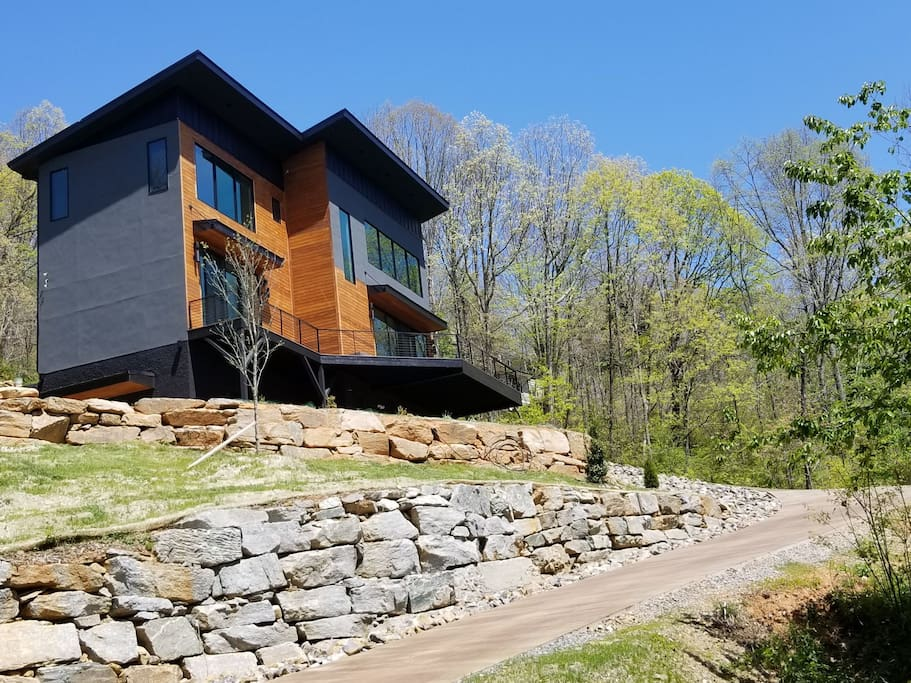 New modern home facing   downtown Asheville