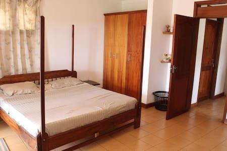 3 Bedroom Furnished Villa - Naguru