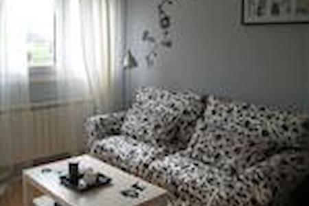 BONITO ATICO ABUHARDILLADO  - CANDAS - Apartment