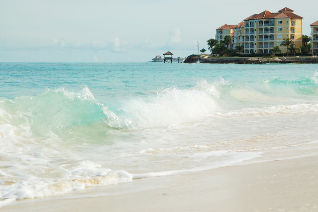 Orange Hill Beach - A Walking Distance!