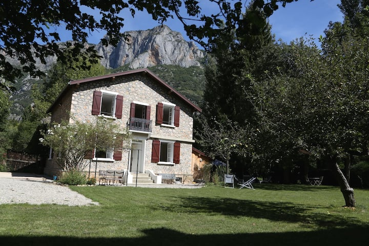 Villa Victoire - Large charming villa - Pyrenees