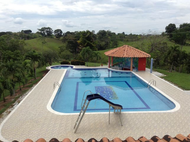 Beautiful recreation property,Villa - doradal - Outros