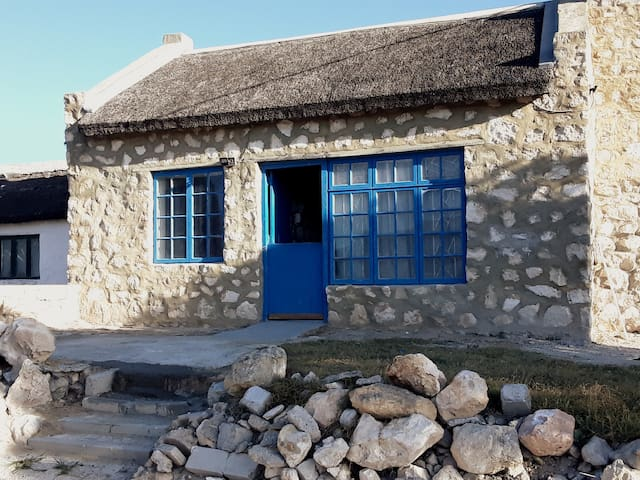 KASSIESBAAI HOUSE WITH PARTLY SEA VIEW