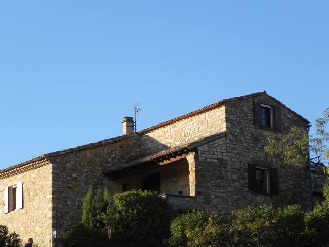 Maison typique près d'Uzès - Foissac - Ev