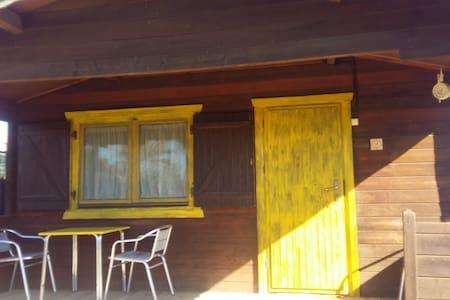 Cabaña de madera(2) en zona rústica muy tranquila - Jerez de la Frontera