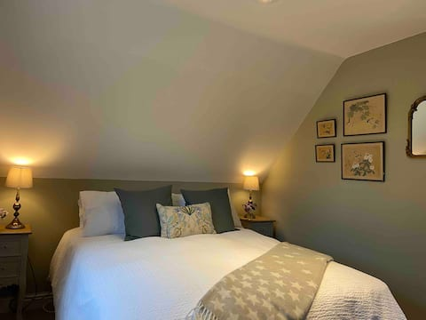 Stylish getaway in the heart of the Pewsey Vale