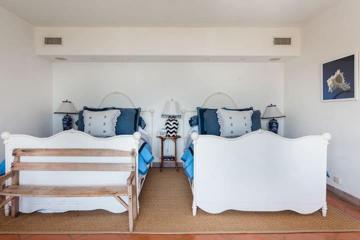 Dhomë gjumi 7