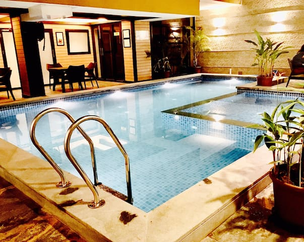 Luxury Semi Studios with Pool for upto 6 Porvorim