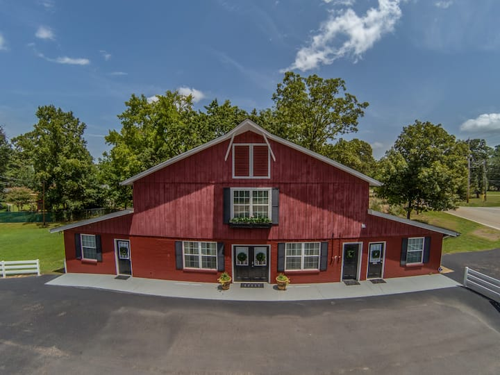 The Red Barn Two Story 3000 square feet