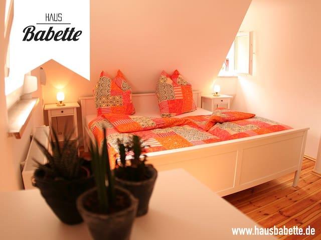 Haus Babette - Free Wifi! - Zirndorf - House