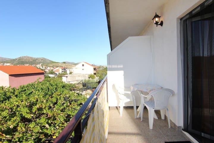 Mediterranean Flair - Marina - บ้าน
