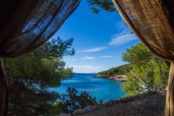 Beach Hut Didier