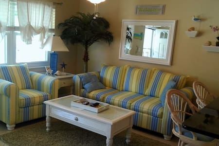 KEY WEST STYLE CONDO - Indian Rocks Beach - Apartment