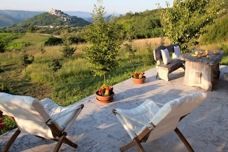 Romantic Casa Rodeli with Extraordinary View